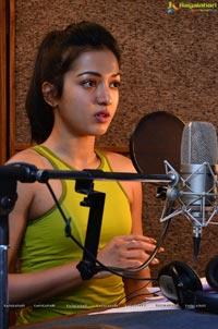 Catherine Tresa Gautham Nanda