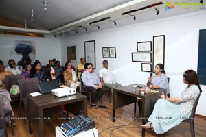 Kalakriti Art Gallery - Sathya Saran & Aparajita Sinha