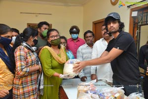 Fighter Shiva Team Distributes Grocery Kits to The Needy