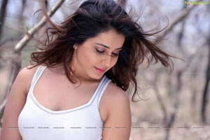 Rashi Khanna HD Wallpapers