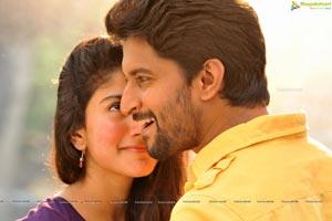 Middle Class Abbayi (MCA) Telugu Cinema Stills