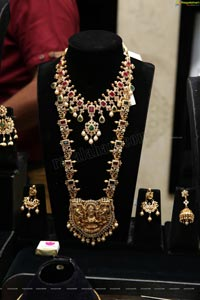 Manepally Jewellers Unveils its Dhanteras Festive Collection
