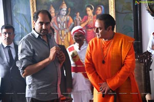 NTR - Kathanayakudu and Mahanayakudu Working Stills