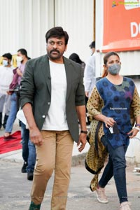 Chiranjeevi in BTS pics of Sam Jam