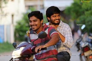 Middle Class Melodies Movie Gallery