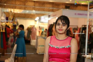 Trendz Vivah Collection Exhibition Begins at N Convention