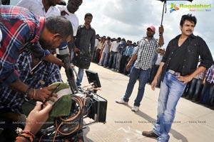 Cameraman Gangatho Rambabu Shooting