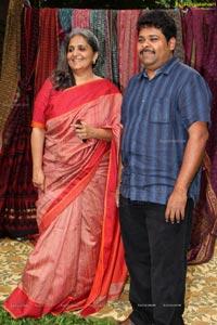 Gaurang's hand woven trunk show
