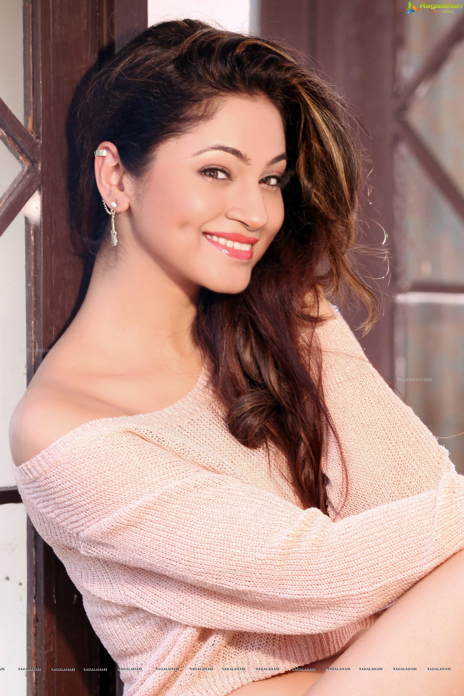 Shilpi Sharma (High Definition)