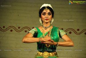 Smitha Madhav Bharatanatyam Dancer