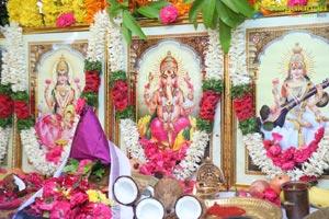 Krishna Rao Super Market Muhurat