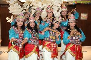Maharaas by Samanavay Mrs. Earth Group
