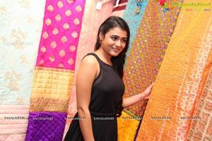 Shalini Pandey Hi Life Exhibition