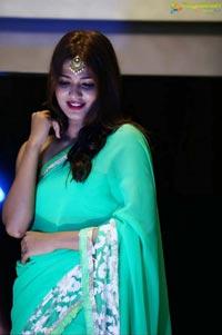 Life Anubhavinchu Raja Movie Stills