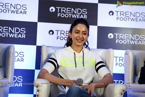Reliance Retail Opens Its New Trends Footwear Store