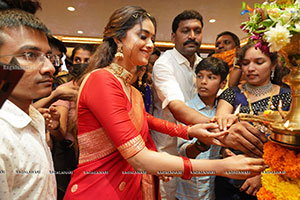 Keerthy Suresh Launches CMR Shopping Mall In Mancherial