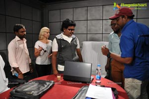 Hrudaya Kaaleyam Working Stills