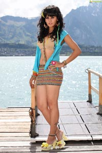 Taapsee in Shadow