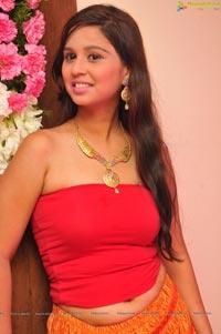 Alisha @ Shivali Singh Fashion for a Cause